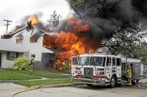 MI_Roseville fire