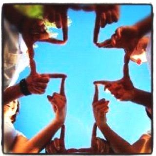 Blameless Huddle Cross